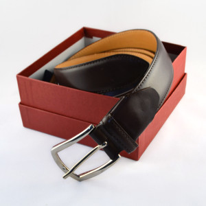 Brown leather belt handmade in Italy by Fratelli Borgioli