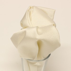 Ivory woven silk pocket square by Collari